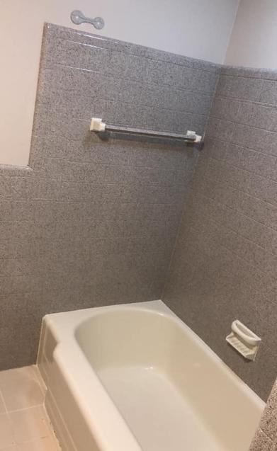 bathtub reglazing de